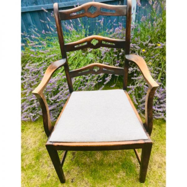 Wooden Carver Chair